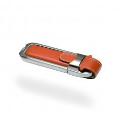 Memoria USB con Carcasa Metálica y Piel Color Marrón