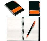 Cuadernos personalizados con hojas rayadas