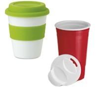 Vasos de plástico con tapa personalizados